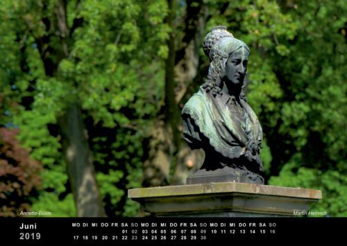 06 Martin Heinrich• Annette Statue auf Hülshoff